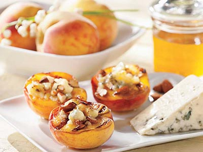 Grilled Peaches, Cheese and Honey