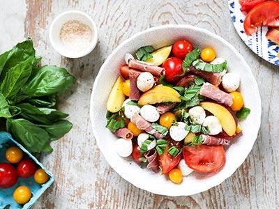 Fresh Summer Caprese Salad with Peaches
