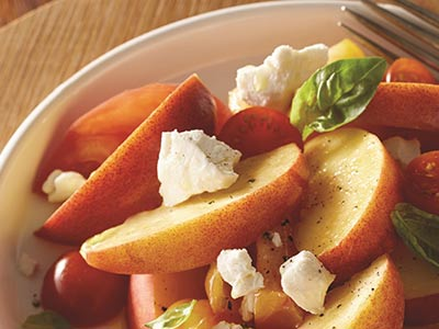 Sweet Peach and Goat Cheese Salad