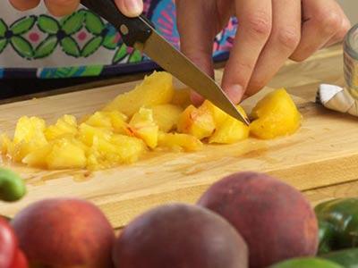 Easy Peach Salsa