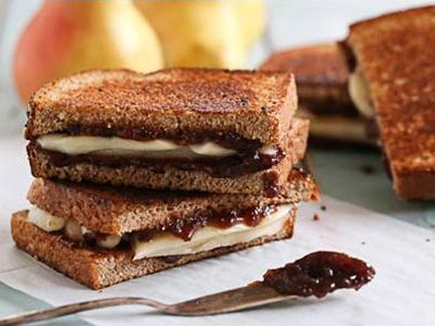 Pear and Brie Gourmet Grilled Cheese