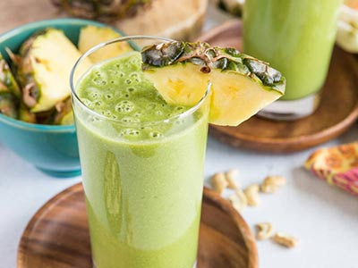 Fresh and Green Pineapple Smoothie