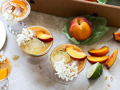 Sparkling Elderflower and Fresh Peach Margarita Recipe